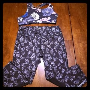 Old Navy xxl Workout Bra and Crop Leggings